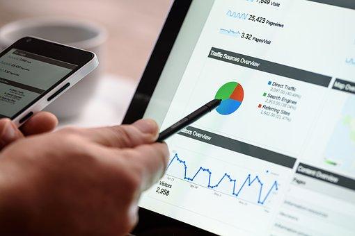 Co określa się mianem optymalizacji strony internetowej?